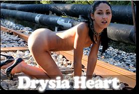 Erotic Modele Drysia Heart