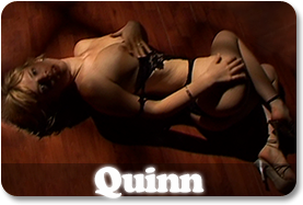 Erotic Modele Quinn