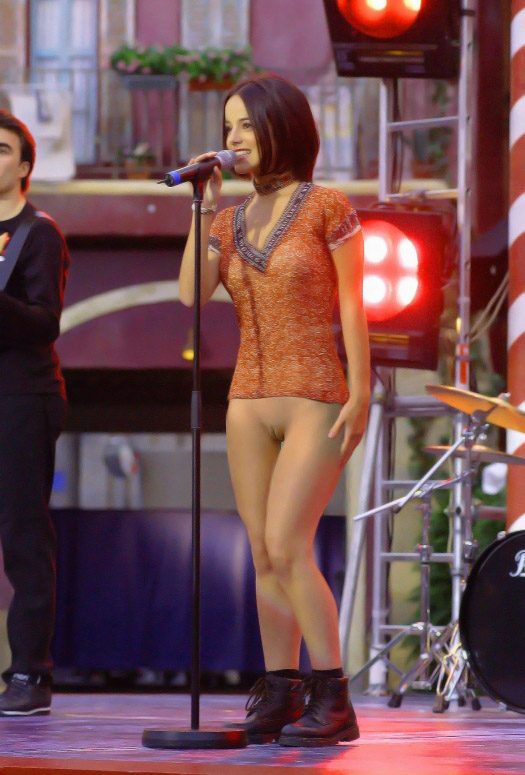 Agree, very Image pono de alizee sorry