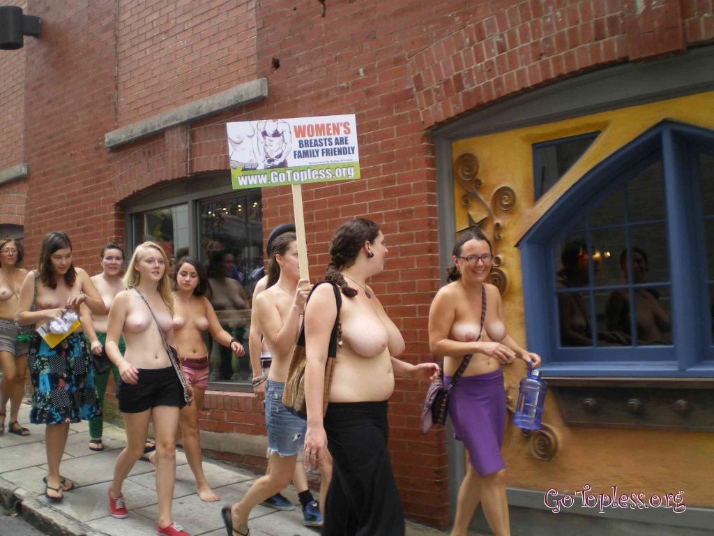 manifestation-go-topless